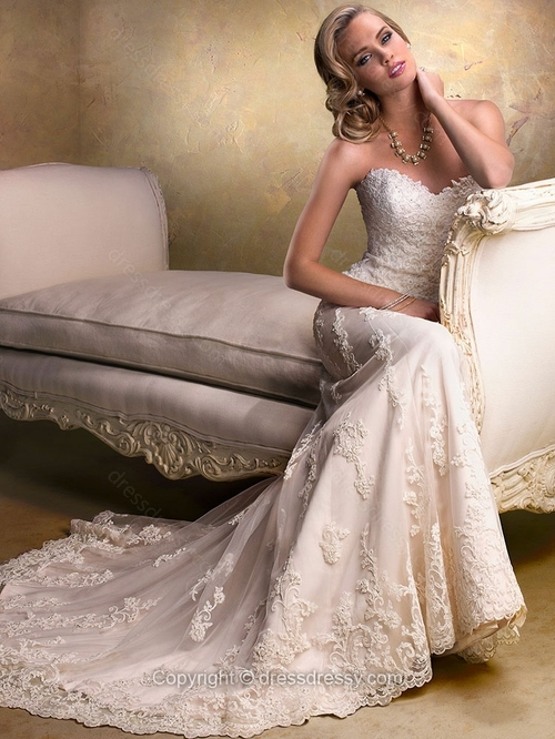 Sweetheart Lace Satin Sweep Train Beading Ivory Wedding Dresses